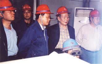 中国钢铁工业协会副会长吴建常来公司视察