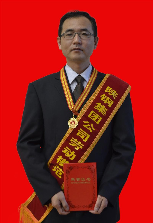 钢铁战线管理精英 逆境突围中流砥柱——王文斌